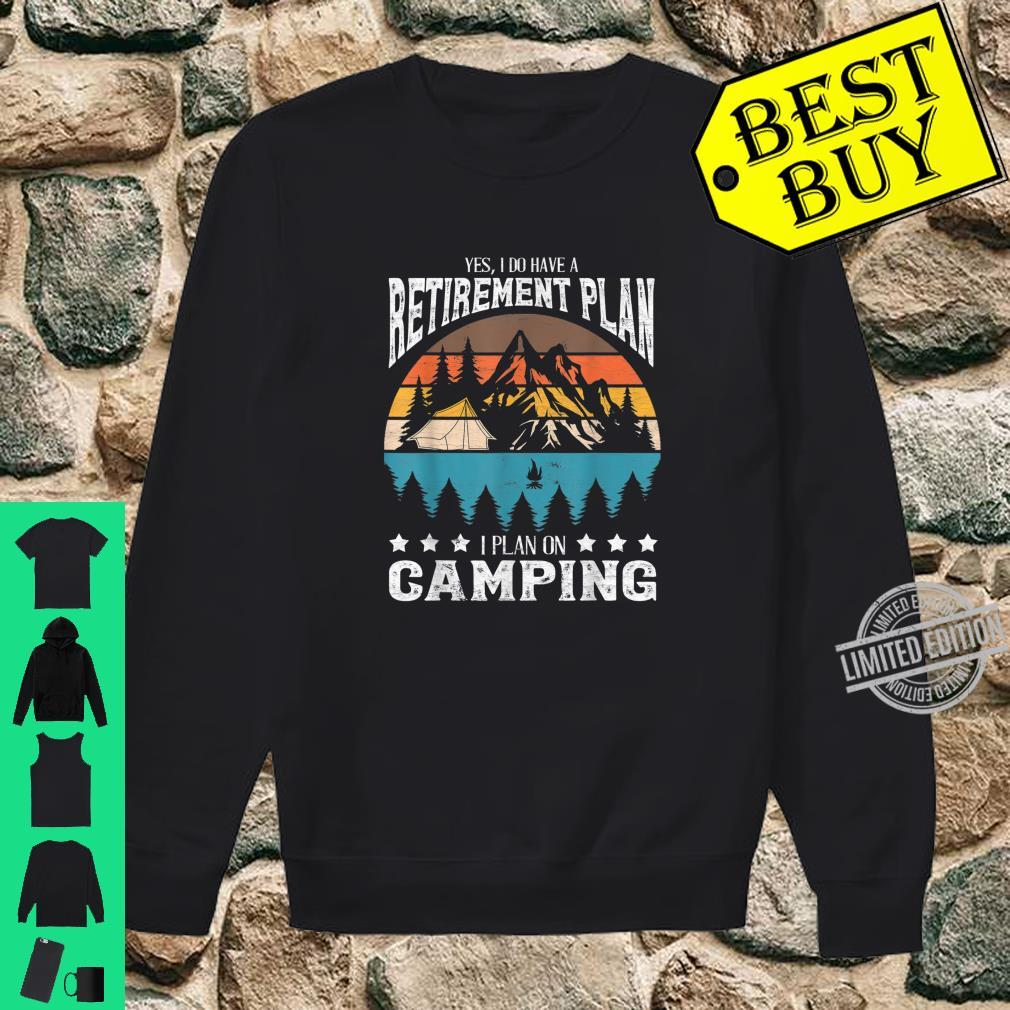 Funny Campings Retired Retirement Retro Vintage Shirt sweater